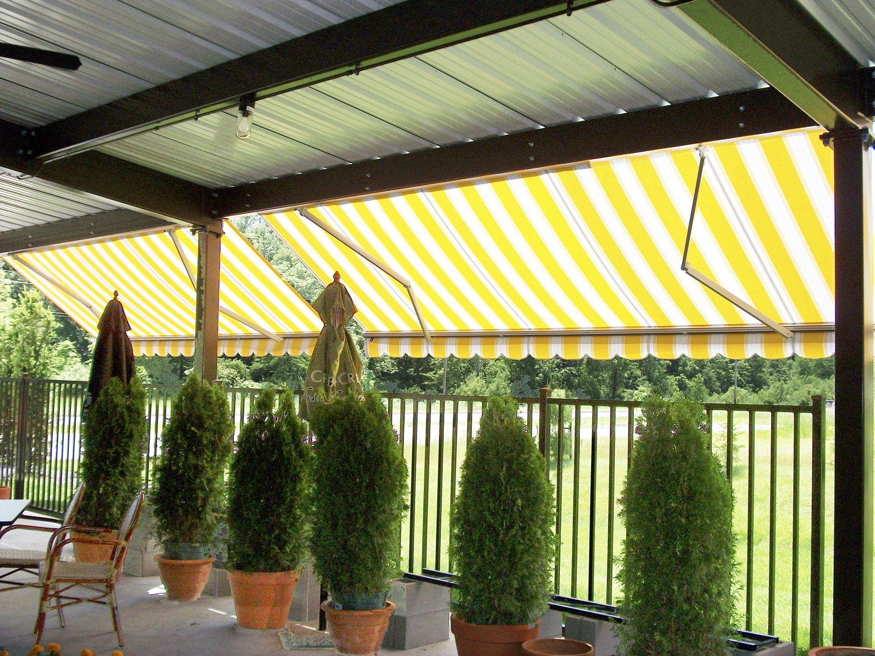 """16′ Width X 8′ 6"""" Projection Retractable Awning ..."""