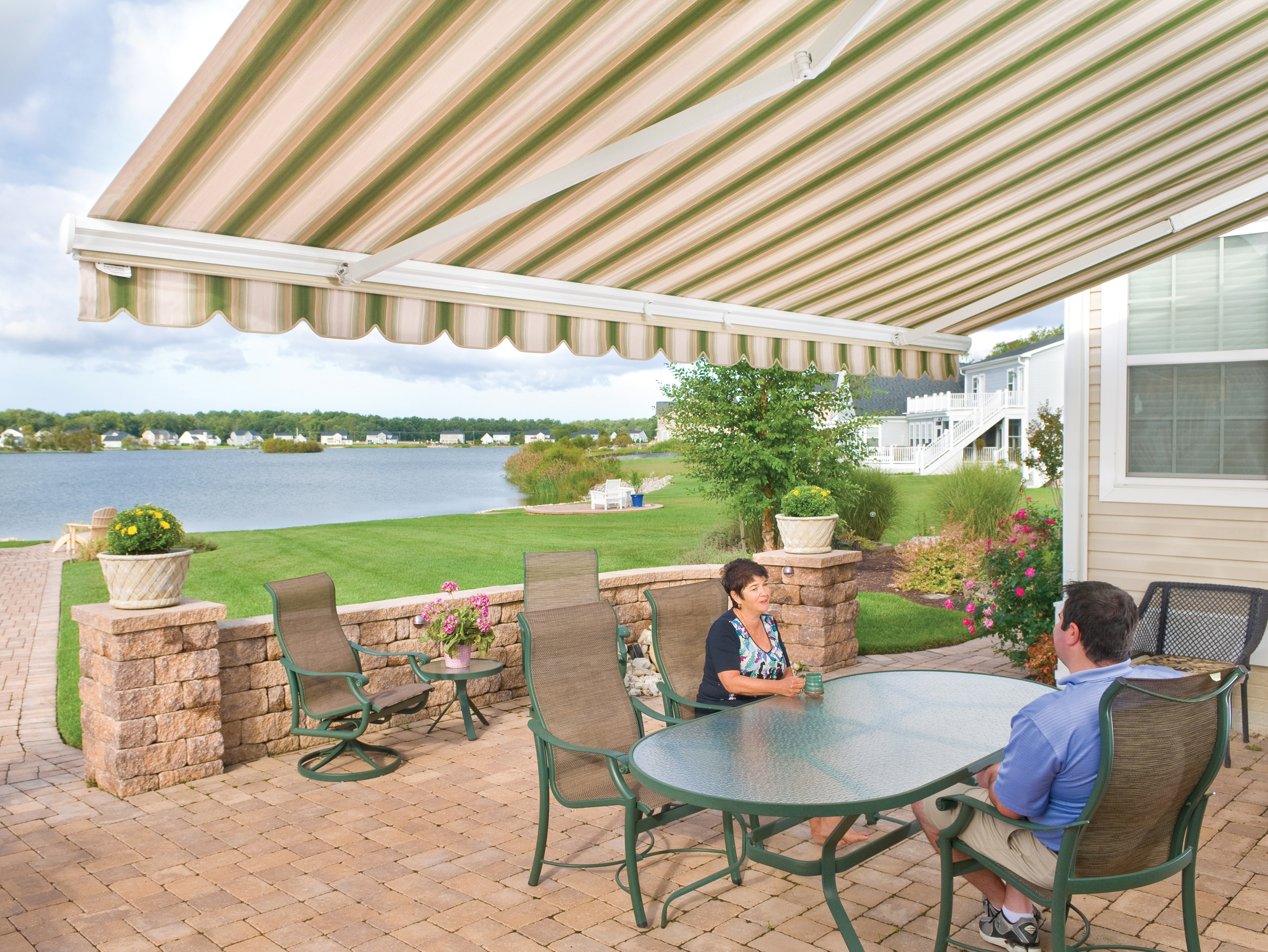 Retractable Awning Pictures